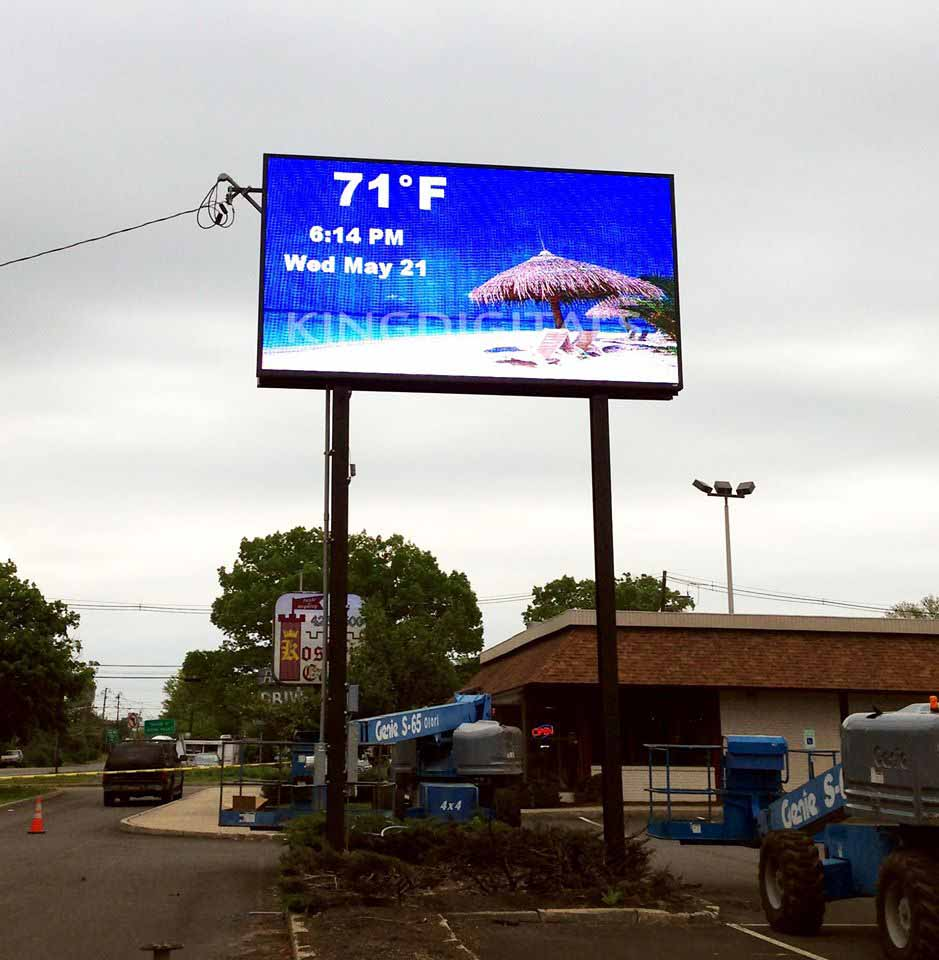 Outdoor P10 Full Color LED Display In US